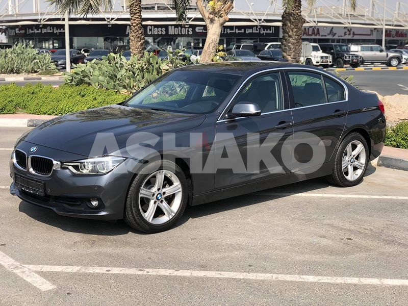 BMW 320i - Free insurance  Registration - Twin Turbo Engine - Under Free Service Package - GCC