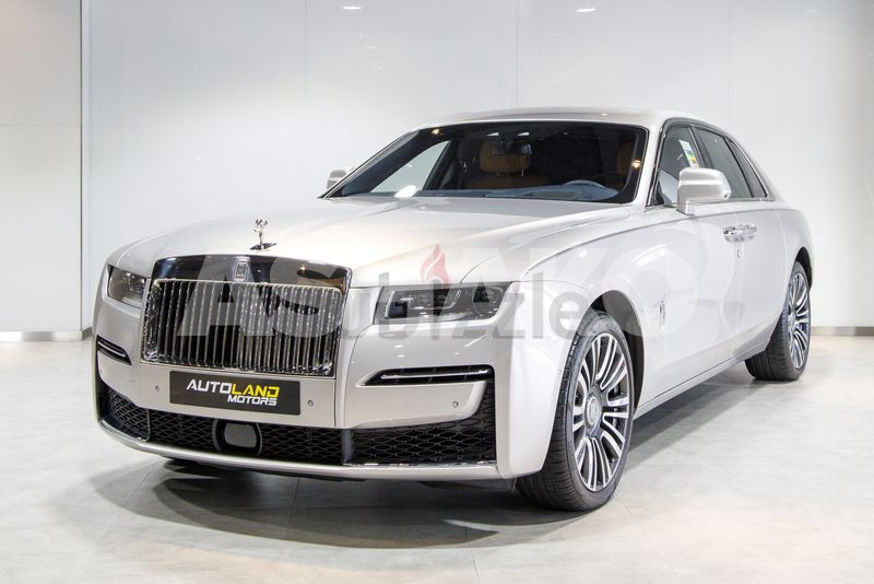 2021 ROLLS ROYCE GHOST  GCC WITH WARRANTY AND SERVICE CONTRACT)