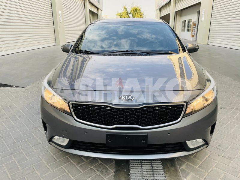 Kia Cerato 2018 gcc 1.6 eng very clean car with sunroof push  start