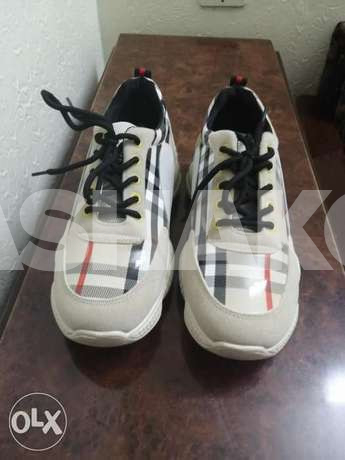 Shoes for sale only for 30 alf lira
