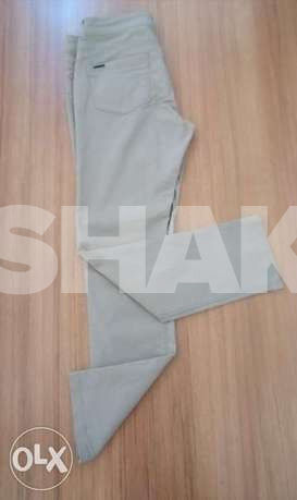 Pant for sale for 20 alf lira