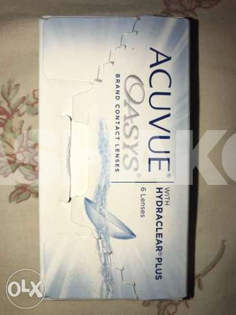Johnson Acuvue Oasys Lenses 1.75 and 2.00