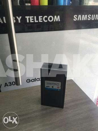 Iphone 11 pro max uk with warranty special...