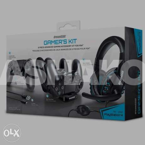 DreamGear 6 in1 Gamer's Kit For PS4