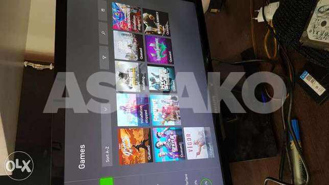 Xbox one with many games on it