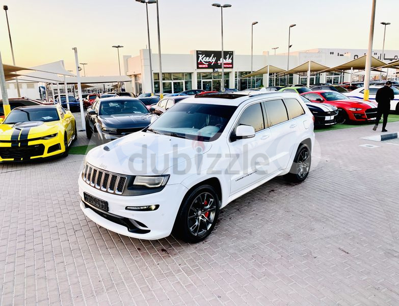 ON HOLD......  GCC / SRT / 6.4L / HEMI / AGENCY MAINTAINED / PANORAMIC ROOF / TOP RANGE